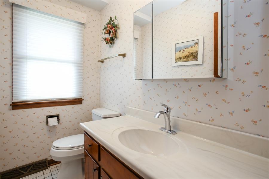 Real Estate Photography - 1015 Lancaster, Mount Prospect, IL, 60056 - Bathroom