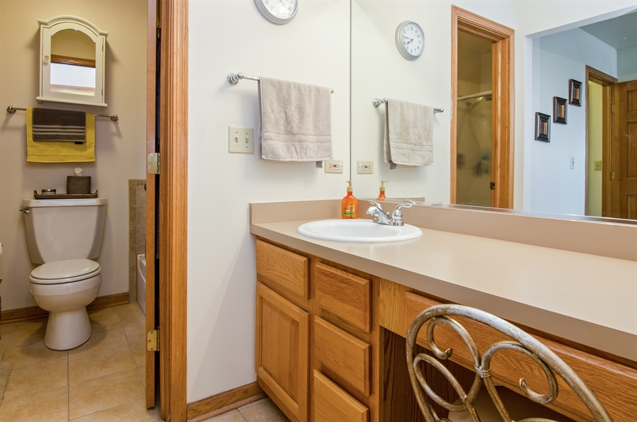 Real Estate Photography - 27 Bryant Ct, Crystal Lake, IL, 60014 - Master Bathroom