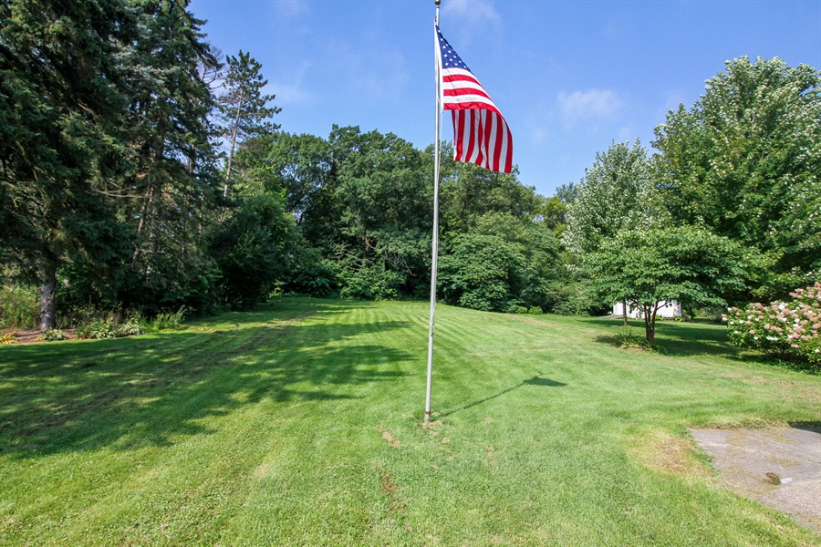 Real Estate Photography - 170 SOUTH HILL STREET, WOODSTOCK, IL, 60098 - Back Yard