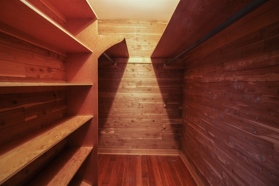 Real Estate Photography - 170 SOUTH HILL STREET, WOODSTOCK, IL, 60098 - Master Bedroom Closet