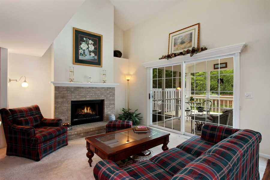 Real Estate Photography - 991 Sutherland Drive, Crystal Lake, IL, 60014 - Living Room