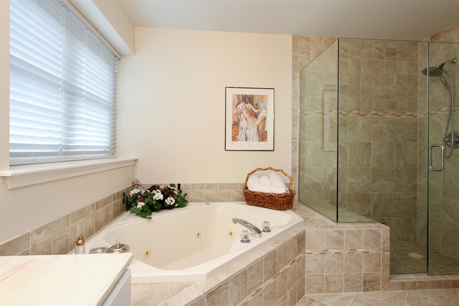 Real Estate Photography - 991 Sutherland Drive, Crystal Lake, IL, 60014 - Master Bathroom