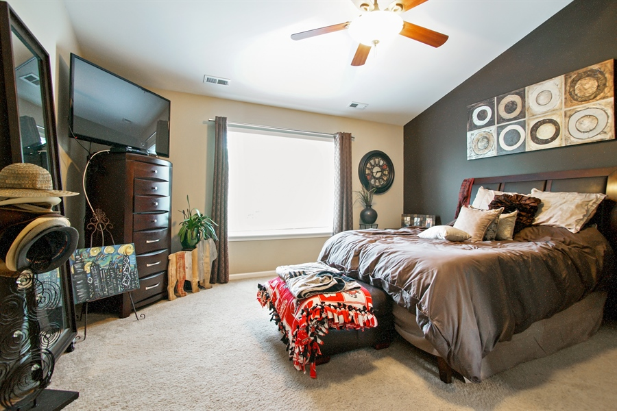 Real Estate Photography - 6100 Canterbury Ln., Hoffman Estates, IL, 60192 - Master Bedroom