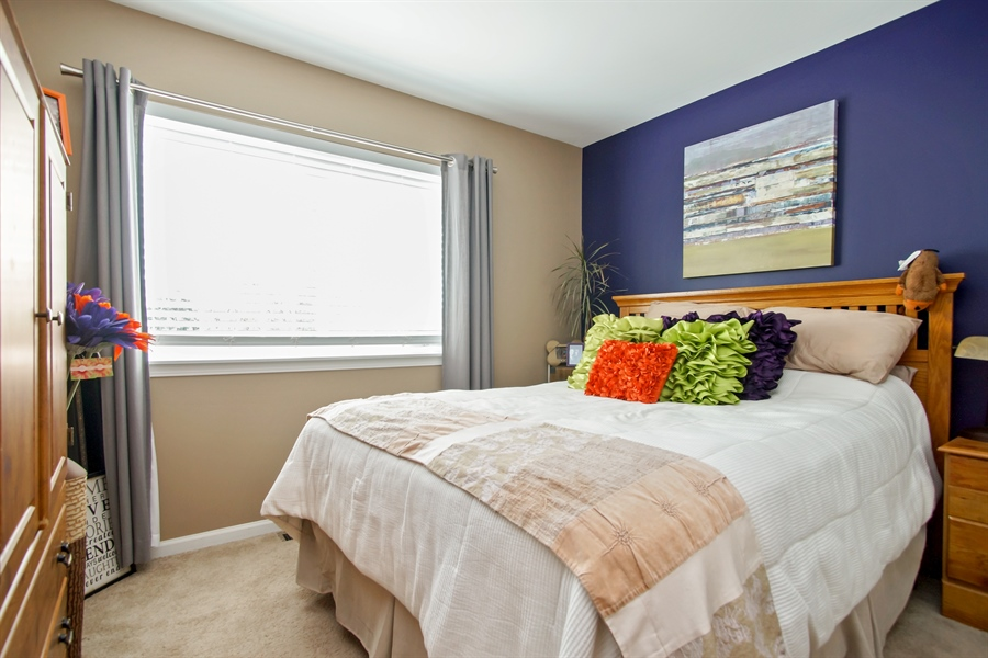 Real Estate Photography - 6100 Canterbury Ln., Hoffman Estates, IL, 60192 - Bedroom