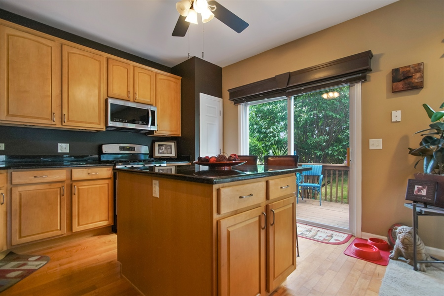 Real Estate Photography - 6100 Canterbury Ln., Hoffman Estates, IL, 60192 - Kitchen