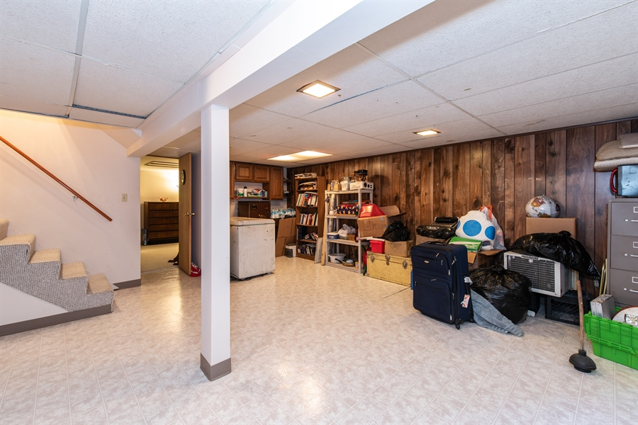 Real Estate Photography - 204 Green Ct, Streamwood, IL, 60107 - Basement