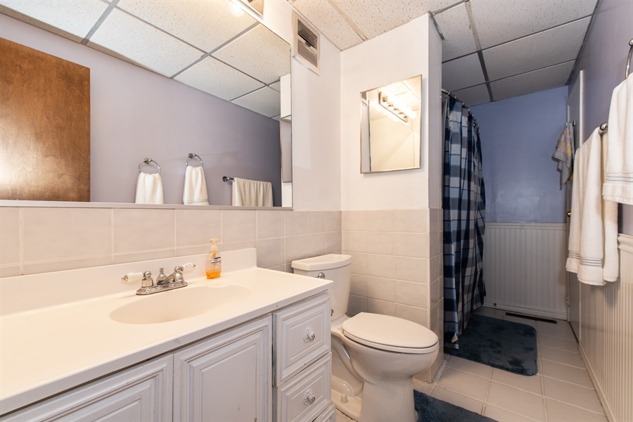 Real Estate Photography - 204 Green Ct, Streamwood, IL, 60107 - Bathroom