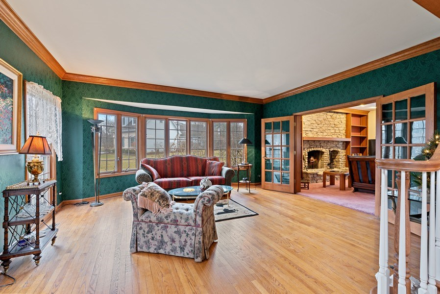 Real Estate Photography - 5N832 E. Ridgewood Drive, St. Charles, IL, 60175 - Living Room