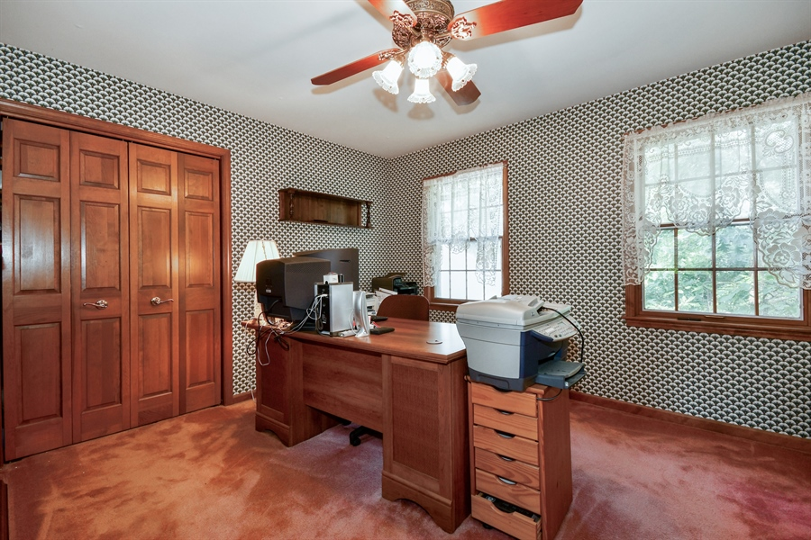 Real Estate Photography - 5N832 E. Ridgewood Drive, St. Charles, IL, 60175 - 2nd Bedroom