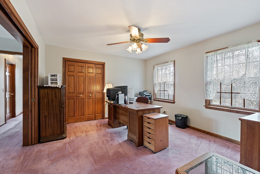 Real Estate Photography - 5N832 E. Ridgewood Drive, St. Charles, IL, 60175 - Master Bedroom Suite