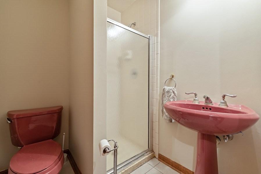 Real Estate Photography - 5N832 E. Ridgewood Drive, St. Charles, IL, 60175 - Main Floor Bath
