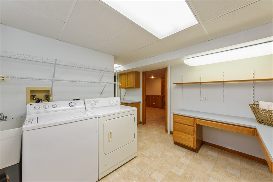 Real Estate Photography - 419 E. George St, Arlington Heights, IL, 60005 - Laundry Room