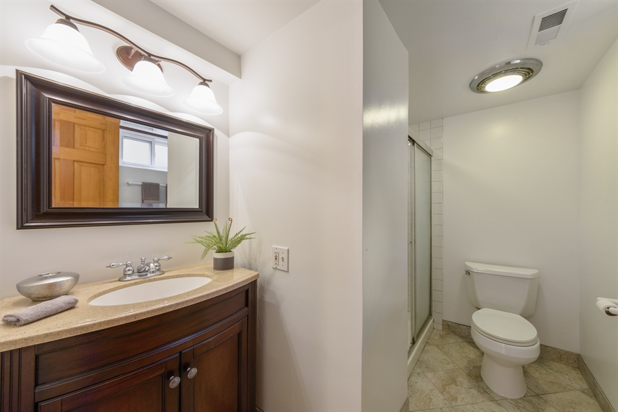 Real Estate Photography - 419 E. George St, Arlington Heights, IL, 60005 - 2nd Bathroom