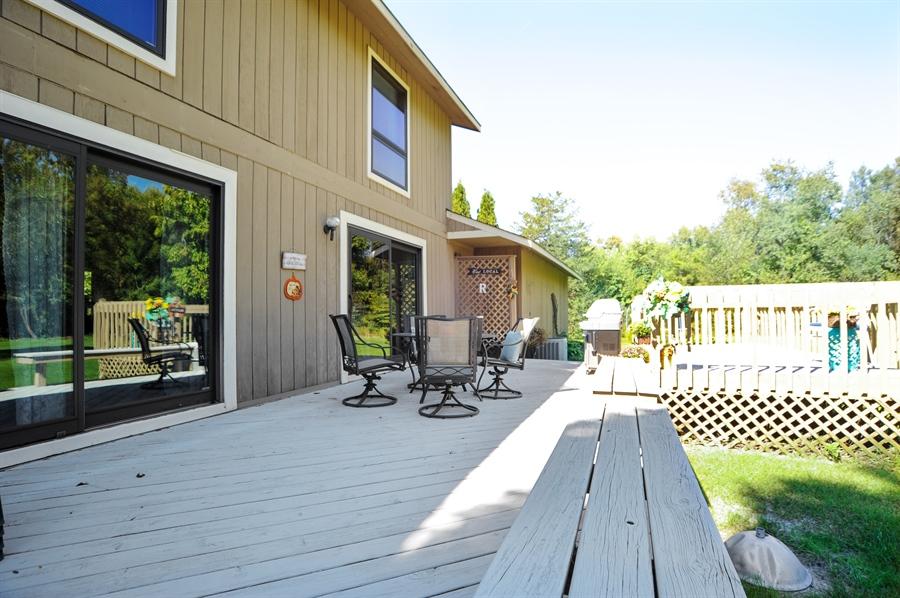 Real Estate Photography - 2736 Knob Hill, Johnsburg, IL, 60051 - Deck