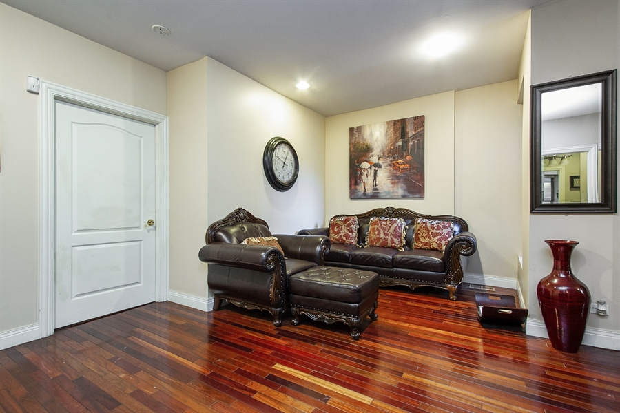 Real Estate Photography - 6547 S. Ellis Avenue, Unit 1N, Chicago, IL, 60637 - Sitting Room