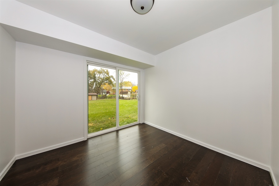 Real Estate Photography - 2031 W. Parkview Cir., Hoffman Estates, IL, 60169 - Bonus Room