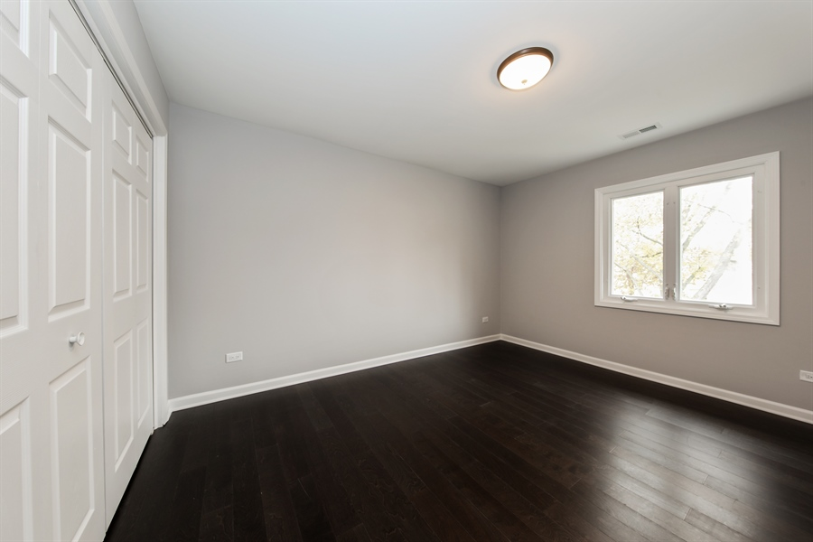Real Estate Photography - 2031 W. Parkview Cir., Hoffman Estates, IL, 60169 - 4th Bedroom