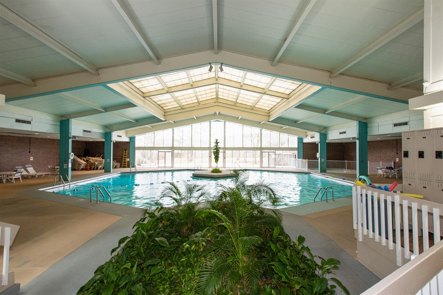 Real Estate Photography - 600 Naples Ct, 210, Glenview, IL, 60025 - Indoor Pool