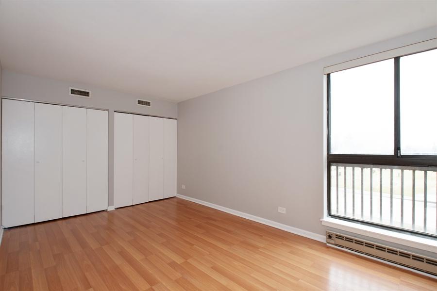 Real Estate Photography - 600 Naples Ct, 210, Glenview, IL, 60025 - Den