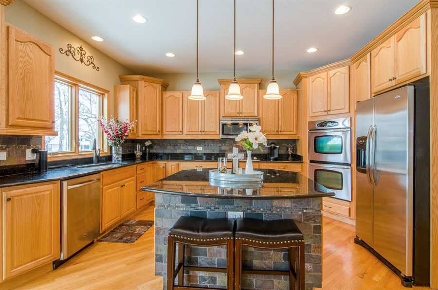 Real Estate Photography - 12265 Oakcrest Drive, Huntley, IL, 60142 - Kitchen
