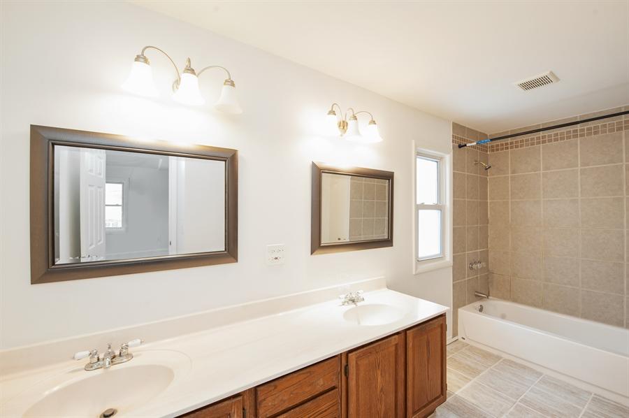 Real Estate Photography - 5121 Wonder Woods, 5121, Wonder Lake, IL, 60097 - Master Bathroom