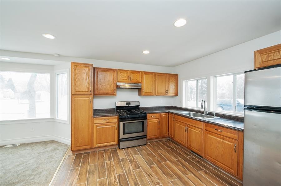 Real Estate Photography - 5121 Wonder Woods, 5121, Wonder Lake, IL, 60097 - Kitchen