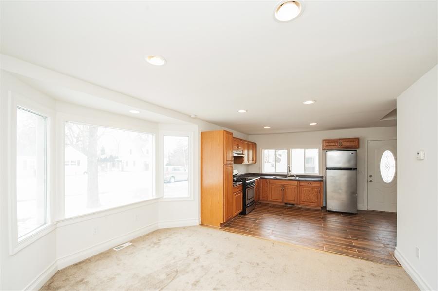 Real Estate Photography - 5121 Wonder Woods, 5121, Wonder Lake, IL, 60097 - Kitchen / Living Room