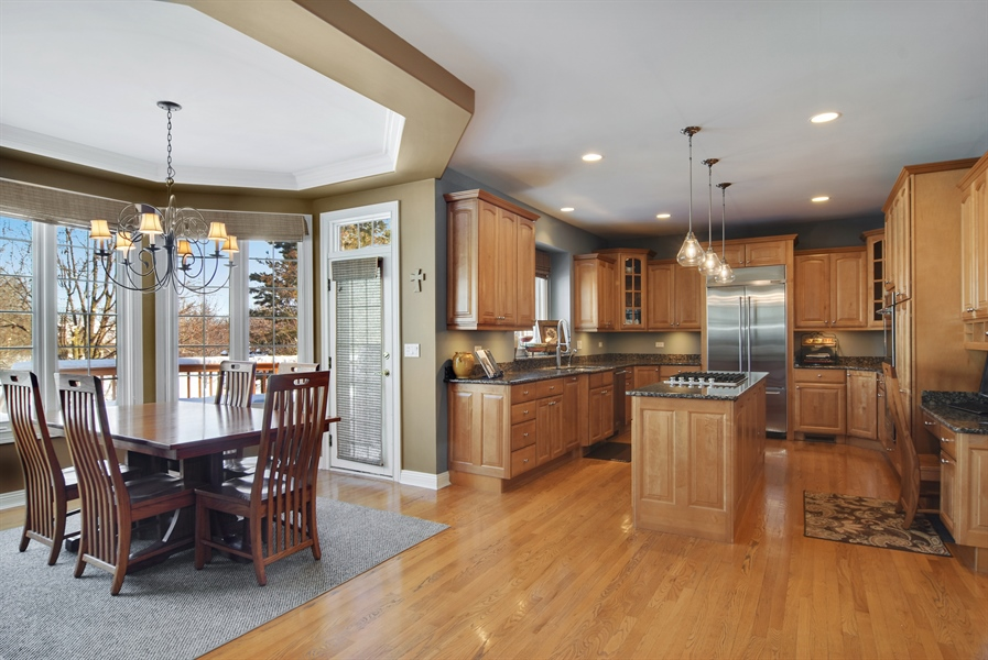 Real Estate Photography - 21558 W Goldfinch Ct, Kildeer, IL, 60047 - Kitchen / Breakfast Room