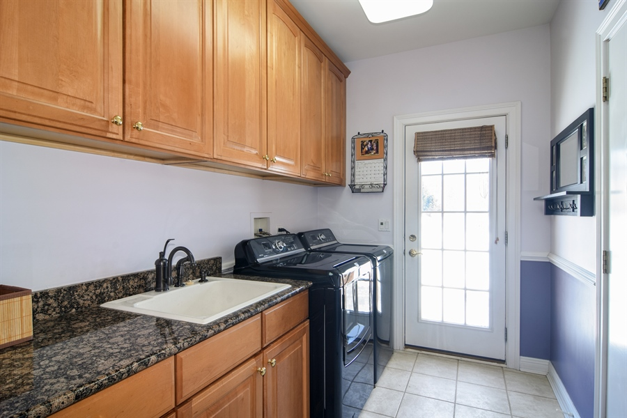 Real Estate Photography - 21558 W Goldfinch Ct, Kildeer, IL, 60047 - Laundry Room