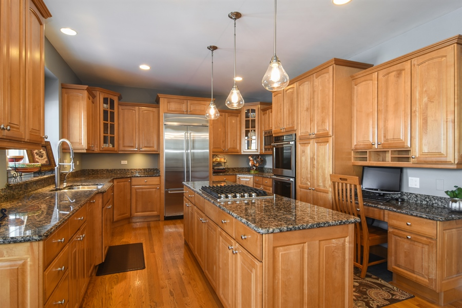 Real Estate Photography - 21558 W Goldfinch Ct, Kildeer, IL, 60047 - Kitchen