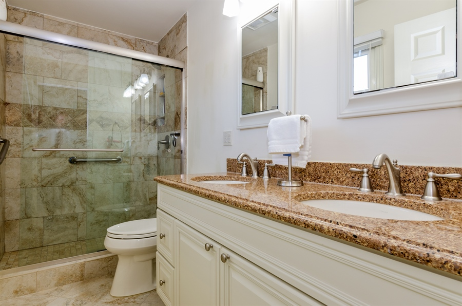Real Estate Photography - 835 Glendale Drive, Crystal Lake, IL, 60014 - UPDATED MASTER BATH