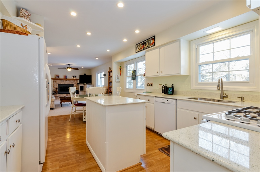 Real Estate Photography - 835 Glendale Drive, Crystal Lake, IL, 60014 - KITCHEN OPENS TO FAMILY ROOM