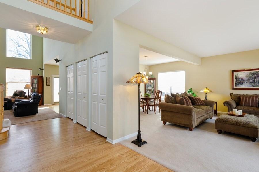 Real Estate Photography - 57 Sarah Dr., Crystal Lake,, IL, 60014 - Living Room