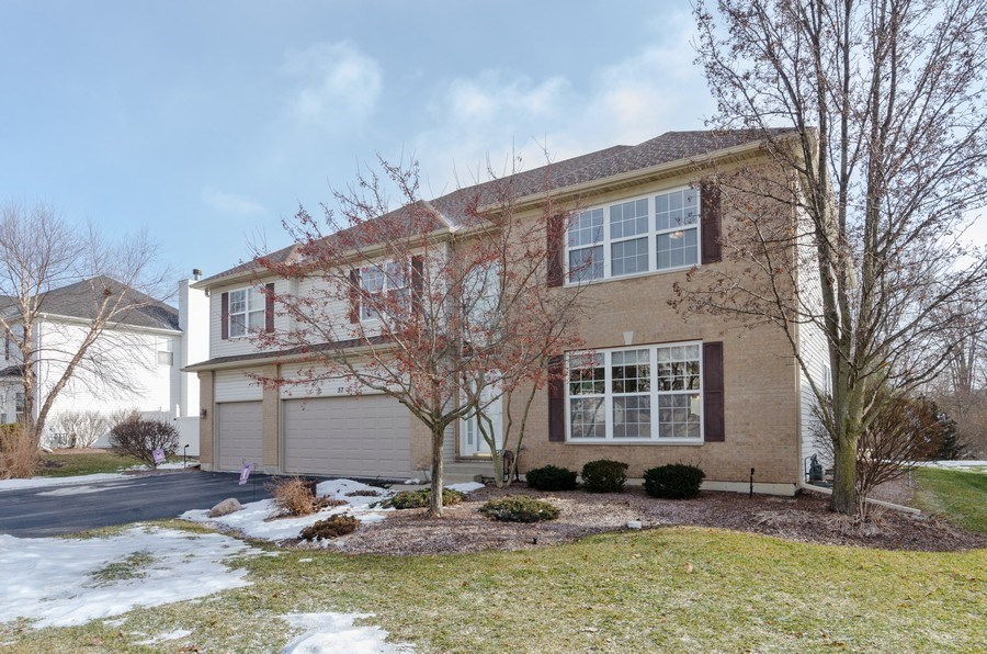 Real Estate Photography - 57 Sarah Dr., Crystal Lake,, IL, 60014 - Front View