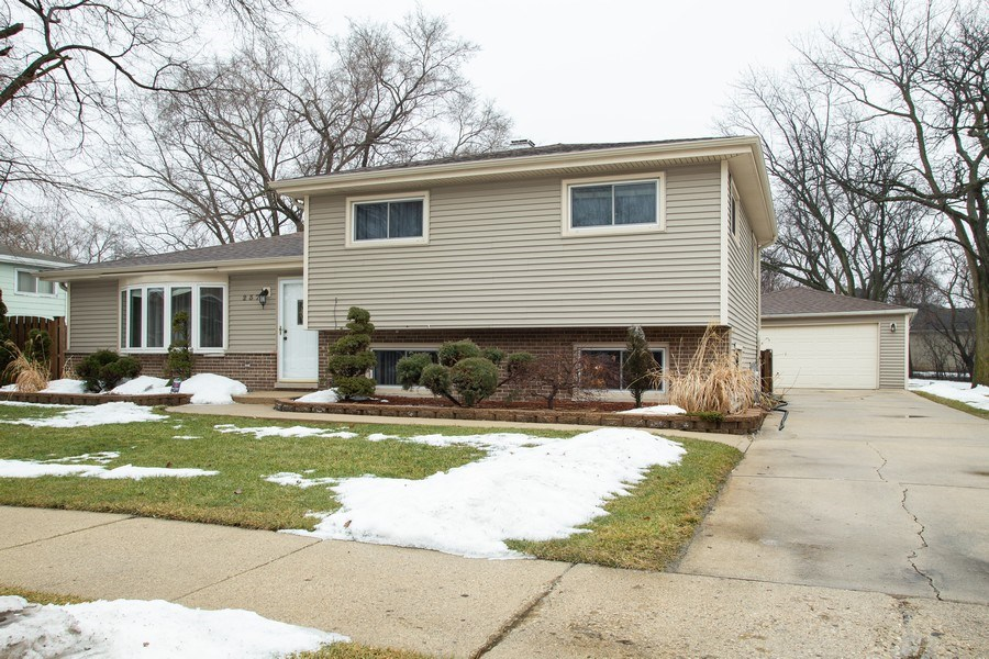Real Estate Photography - 237 W Devon, Roselle, IL, 60172 - Front View