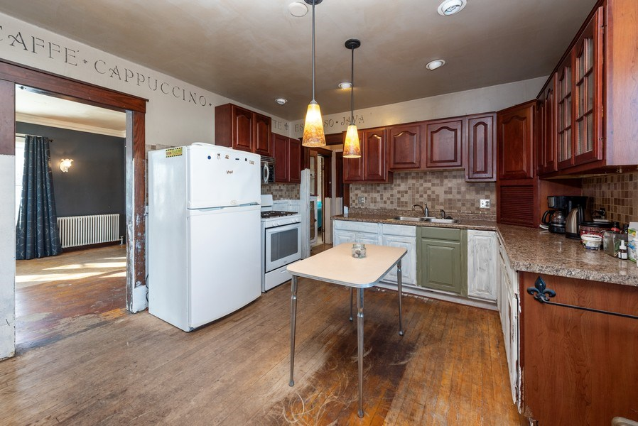 Real Estate Photography - 1706 Western Avenue, Manitowoc, WI, 54220 - Kitchen