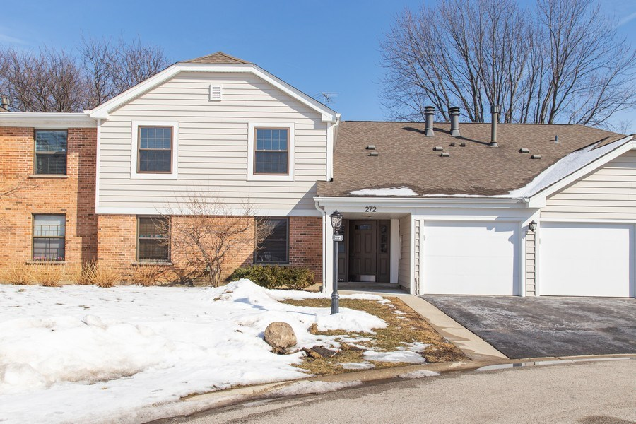 Real Estate Photography - 272 Kings Mill Court, Unit C2, Schaumburg, IL, 60193 - Front View