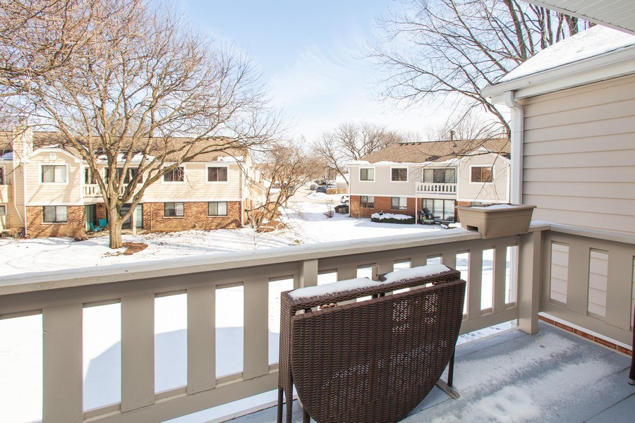 Real Estate Photography - 272 Kings Mill Court, Unit C2, Schaumburg, IL, 60193 - Balcony