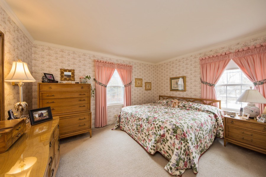 Real Estate Photography - 1319 W. Watling, Arlington Heights, IL, 60004 - Master Bedroom