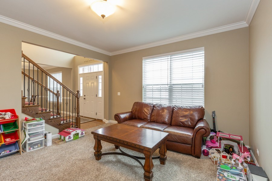 Real Estate Photography - 161 N Bend Way, Elgin, IL, 60124 - Living Room