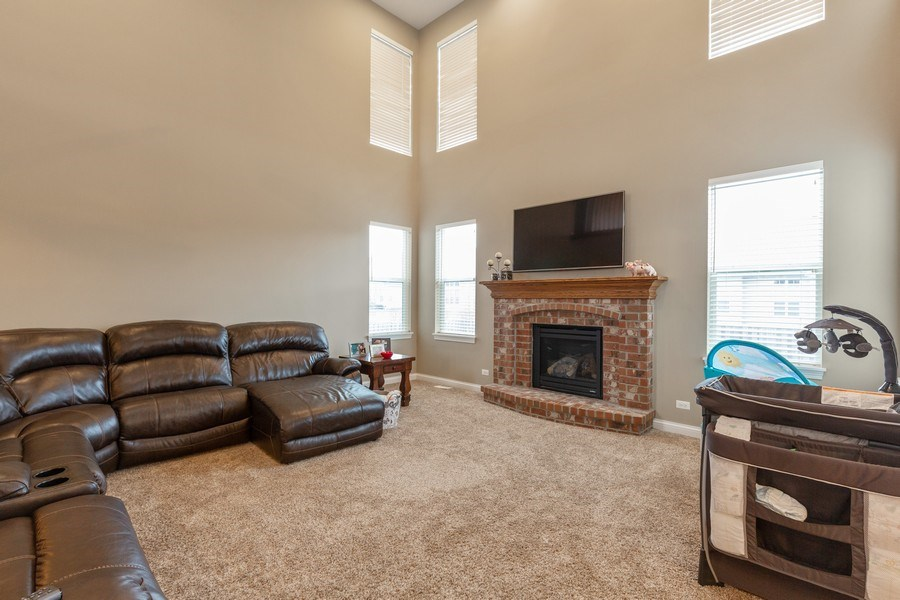 Real Estate Photography - 161 N Bend Way, Elgin, IL, 60124 - Family Room
