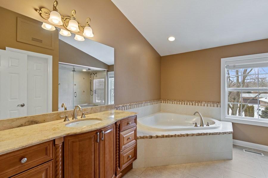 Real Estate Photography - 1152 W. Chatham Drive, Palatine, IL, 60067 - Master Bathroom