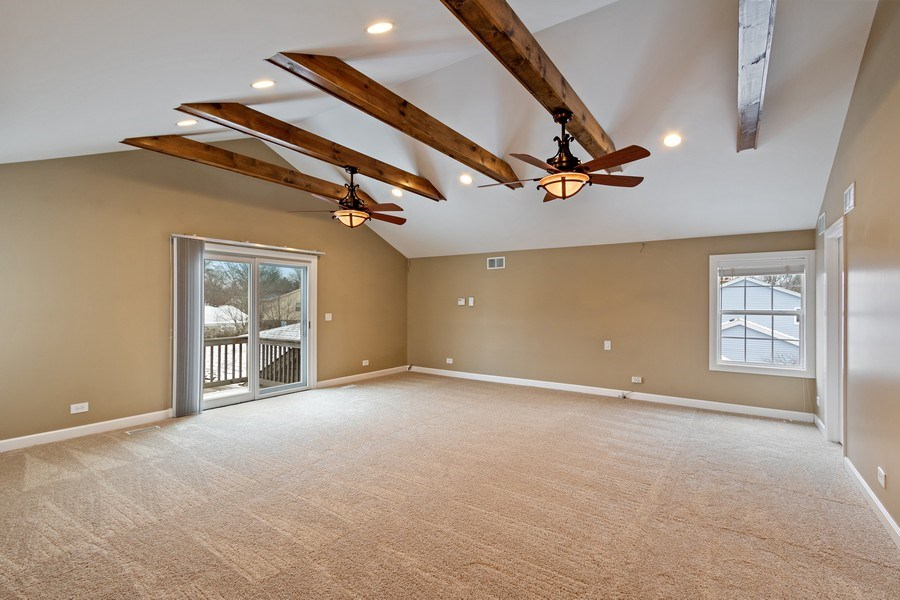 Real Estate Photography - 1152 W. Chatham Drive, Palatine, IL, 60067 - Master Bedroom