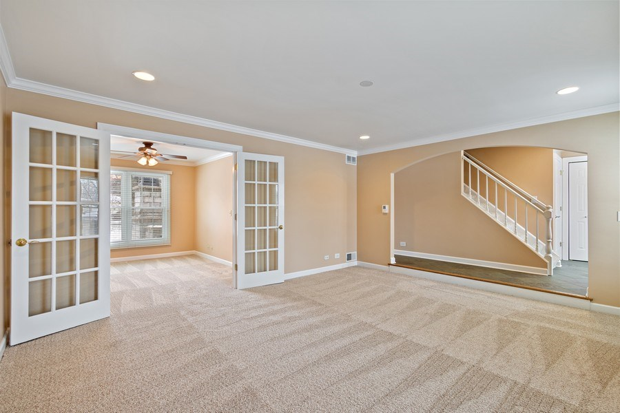 Real Estate Photography - 1152 W. Chatham Drive, Palatine, IL, 60067 - Kitchen / Dining Room