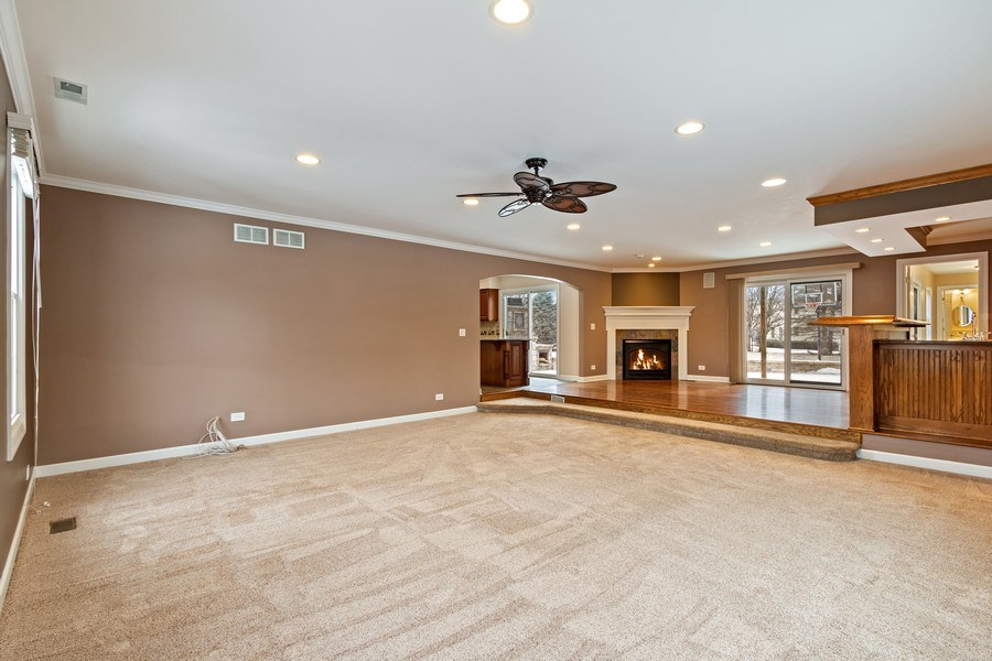 Real Estate Photography - 1152 W. Chatham Drive, Palatine, IL, 60067 - Family Room / Kitchen