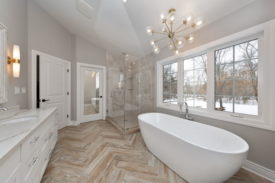 Real Estate Photography - 104 Crooked Creek, Barrington, IL, 60010 - Master Bathroom
