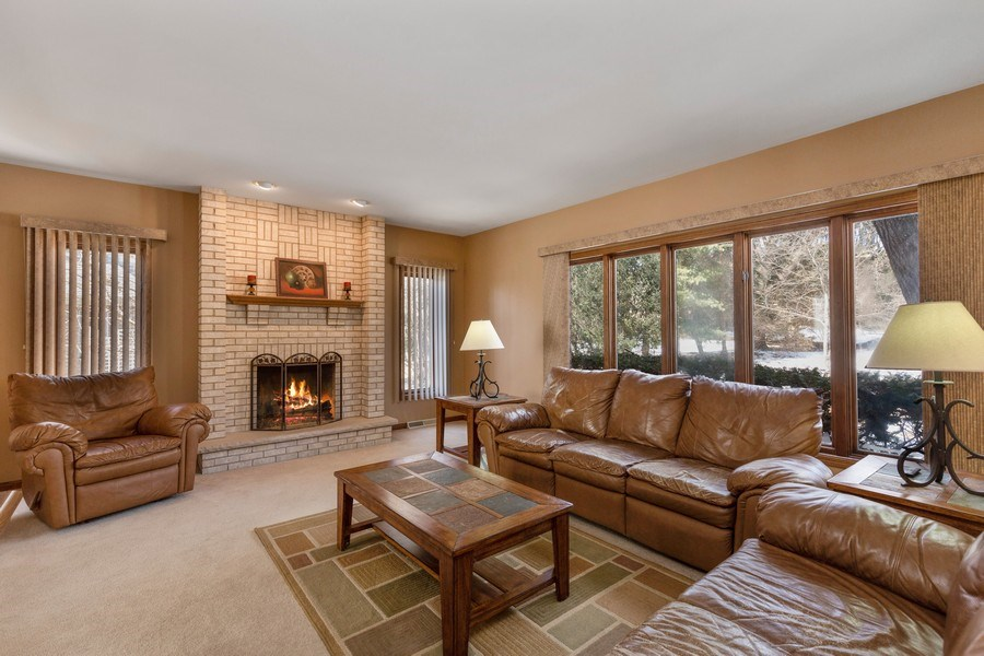 Real Estate Photography - 2342 Preston Ln, West Dundee, IL, 60118 - Family Room