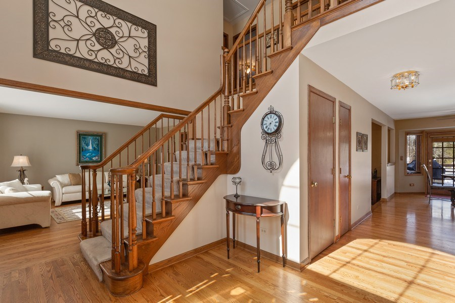 Real Estate Photography - 2342 Preston Ln, West Dundee, IL, 60118 - Foyer
