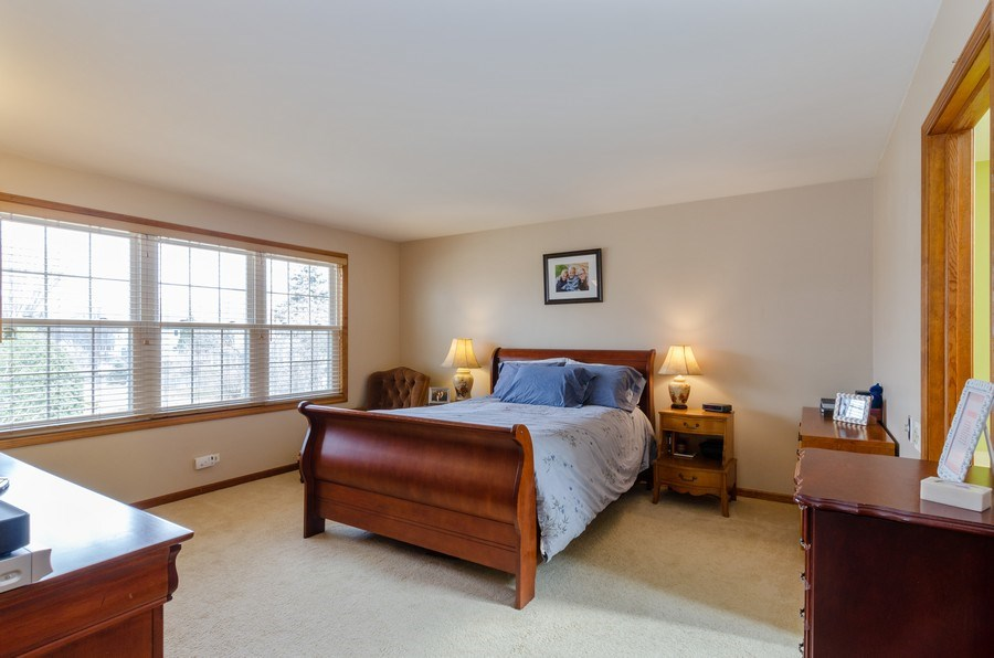 Real Estate Photography - 2000 Tahoe Parkway, Algonquin, IL, 60102 - Master Bedroom