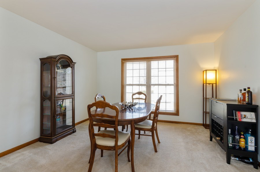 Real Estate Photography - 2000 Tahoe Parkway, Algonquin, IL, 60102 - Dining Room